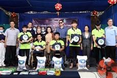 Dịch COVID-19: Tặng 2.000 phần quà cho người khuyết tật và khiếm thị tại Thành phố Hồ Chí Minh