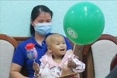 Thành phố Hồ Chí Minh: Lần đầu tiên ghép tế bào gốc tự thân cho bệnh nhi nhỏ tuổi nhất