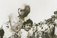 五岁中国小女孩第一次见到胡伯伯的难忘回