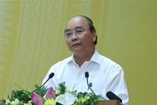 阮春福总理: 绝不让新冠肺炎疫情复发