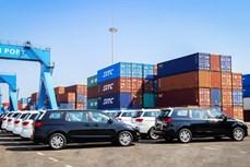 越南长海汽车股份公司向泰国出口第二批旅行车
