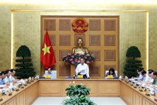 """越南政府总理阮春福:严防在竞赛和奖励工作中的""""成绩病"""""""