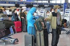 新冠肺炎疫情:350名在日越南公民安全回国