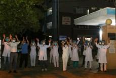 新冠肺炎疫情:岘港市海州郡对最大疫区解除封锁