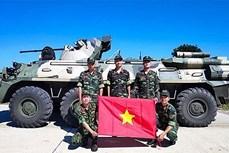 越南人民人民军高级代表团参加2020国际军事比赛