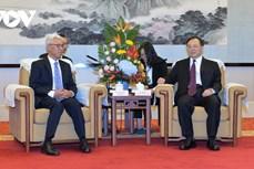 越南各地与中国江苏省加强互惠互利合作