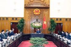 越南政府总理阮春福会见美国国际开发金融公司首席执行官