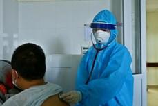 新冠肺炎疫情:在同奈省接受治疗的印度籍专家已治愈出院