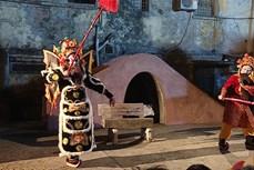 经典嘥剧重登舞台 拉近传统艺术与观众的距离