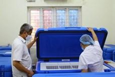 由全球疫苗免疫联盟赞助的174台疫苗冷藏箱成功运抵越南