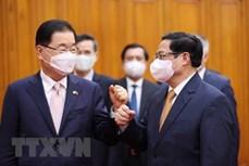 越南政府总理范明政会见韩国外交部长官郑义溶