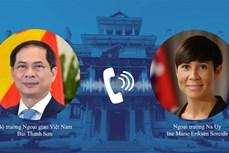 越南外交部部长裴青山与挪威外交大臣瑟雷德通电话