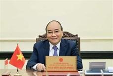 越南国家主席阮春福与印尼总统佐科·维多多通电话