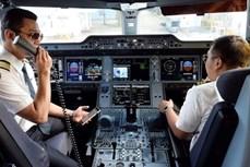 新冠肺炎疫情:从今年9月1日起完成2剂新冠疫苗接种飞行员才能执飞