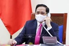 越南政府总理范明政与韩国总理金富谦通电话