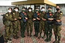越南野战炊事和军医接力队前往乌兹别克斯坦参加2021年国际军事比赛