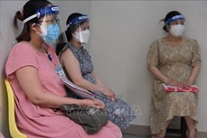 胡志明市为孕妇接种新冠疫苗
