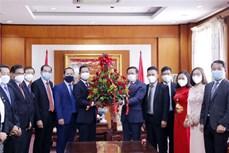 越南国庆76周年:老挝各部门领导高度评价越南取得的成就