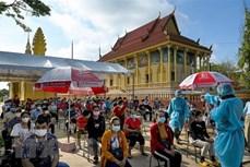 柬埔寨首相呼吁群众在亡人节期间加强疫情防控