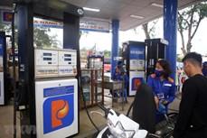 Giá xăng, dầu tiếp tục tăng mạnh trở lại