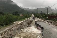 Lai Châu: Khẩn trương khắc phục sạt lở đất đá tại Quốc lộ 32