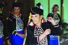 Nghệ nhân giữ hồn văn hóa Si La