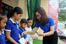 Trung thu ấm áp với trẻ em vùng đồng bào dân tộc thiểu số khó khăn tỉnh Thanh Hóa