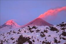 Thám hiểm núi lửa Kliuchevskoy ở vùng Viễn Đông Nga