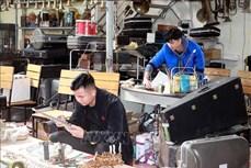 Độc đáo làng nghề sửa kèn đồng Phạm Pháo