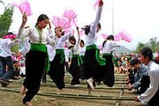 Múa sạp của người Thái