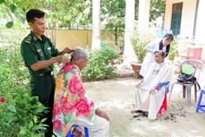 Bộ đội Biên phòng tỉnh Sóc Trăng hướng về người nghèo khu vực biên giới biển
