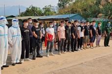 Điện Biên bàn giao 20 công dân Trung Quốc nhập cảnh trái phép