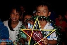 Nhiều hoạt động chăm lo cho trẻ em nhân dịp Tết Trung thu ở Quảng Ngãi