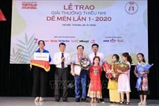 """Giải thưởng thiếu nhi Dế Mèn mùa đầu tiên: Nhà văn Nguyễn Nhật Ánh được vinh danh là """"Hiệp sĩ Dế Mèn"""""""