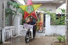 Ông Trương Viết Dũng 30 năm giữ nét đẹp của đèn Trung thu truyền thống ở Hà Tĩnh