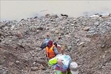 Vụ sạt lở tại Thủy điện điện Rào Trăng 3: Tập trung tìm kiếm 16 công nhân mất tích