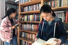 """Xây """"Thư viện xóm đảo"""" cho học sinh vùng nông thôn"""