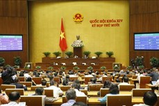 Quốc hội thông qua Nghị quyết về kế hoạch phát triển kinh tế - xã hội năm 2021