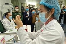 Đối tượng nào được tiêm vaccine phòng COVID-19 đầu tiên tại Việt Nam?