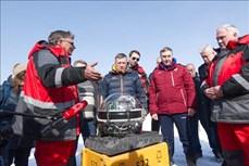 Nga thả kính viễn vọng xuống hồ Bailkal