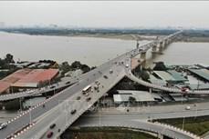 Xây dựng cầu qua sông có đê phải bảo đảm thoát lũ