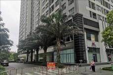Dịch COVID-19: Hà Nội phong tỏa tạm thời hai tòa chung cư