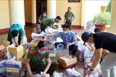 Hỗ trợ người lao động và hộ đồng bào dân tộc khó khăn do dịch COVID-19 ở Sóc Trăng