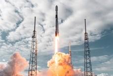 SpaceX បំបែកឯតទគ្គកម្មពិភពលោកដោយបានបញ្ជូនផ្កាយរណប ១៤៣ គ្រឿង ទៅទីអវកាសតាមរ៉ុក្កែតតែមួយ