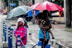 """台风""""莫拉菲""""登陆 菲律宾  约9000人疏散"""
