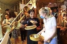 数千人参加2021 年越南春节文化活动