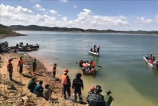 Lâm Đồng đã tìm thấy hai thi thể học sinh đuối nước ở hồ thủy điện Đại Ninh