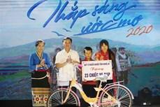 Thắp sáng ước mơ cho trẻ em nghèo ở Nghệ An đến trường