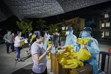 Dịch COVID-19: Việt Nam ghi nhận thêm 3 ca mắc mới được cách ly ngay sau khi nhập cảnh