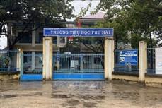 Ninh Thuận: Học sinh nghỉ học để tránh mưa lũ